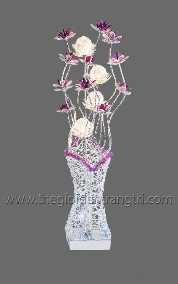den trang tri vinh hoa