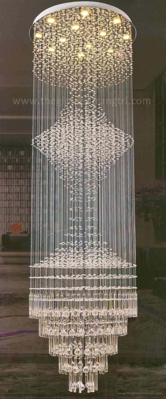 Đèn Thả Pha Lê LED Thông Tầng UFT6882 Ø800xH2500